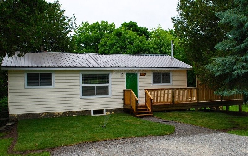 The Oak Cottage At Shiloh Cottages - Fenelon Falls, Ontario, holiday rental in Kawartha Lakes