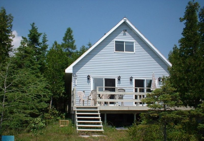 A Perfect Getaway On Manitoulin - Manitowaning, holiday rental in Manitoulin Island