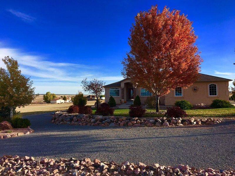 Garden Level Serene Ranch near Lake Pueblo, holiday rental in Pueblo West