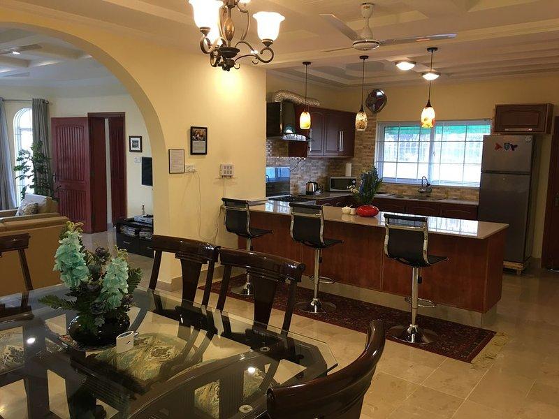 Luxury Vacation Home (Sector D-12), alquiler vacacional en Islamabad
