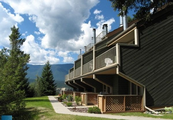 Akiskinook Resort-1 Br. Mtn View Condo*New Pool/Hot Tub*Sandy Private Beach/3 Pu, Ferienwohnung in Fairmont Hot Springs