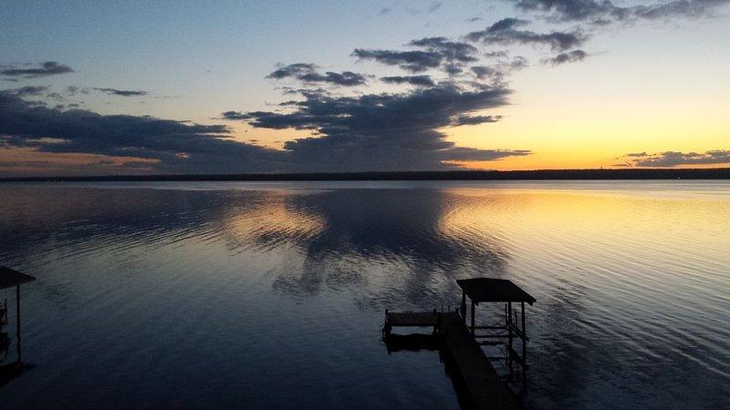 Vue du lever de soleil depuis la maison
