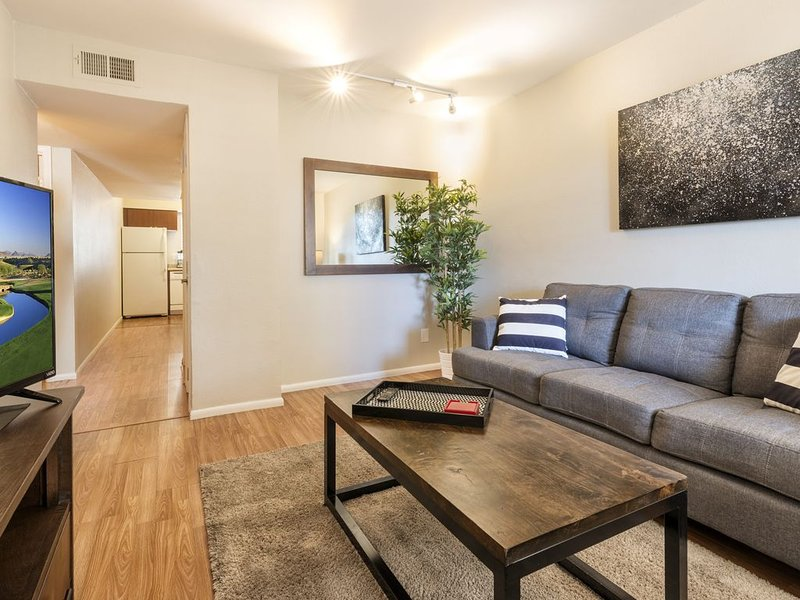 FANTASTIC space in the heart of Tempe, holiday rental in Tempe