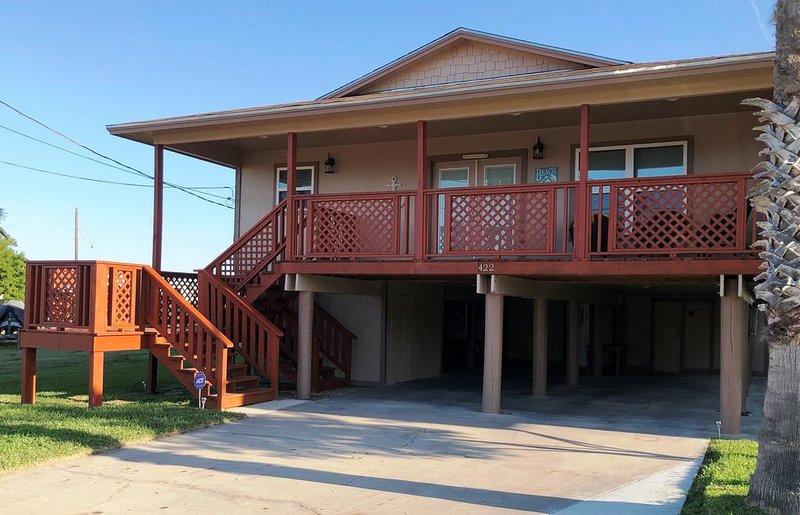 In the Heart of 'Old Town Port Aransas' - Kinney's Farley House, alquiler de vacaciones en Port Aransas