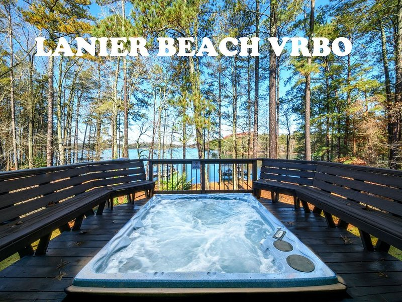 South Lake Lanier Clubhouse style home book a Staycation Now!, vacation rental in Flowery Branch