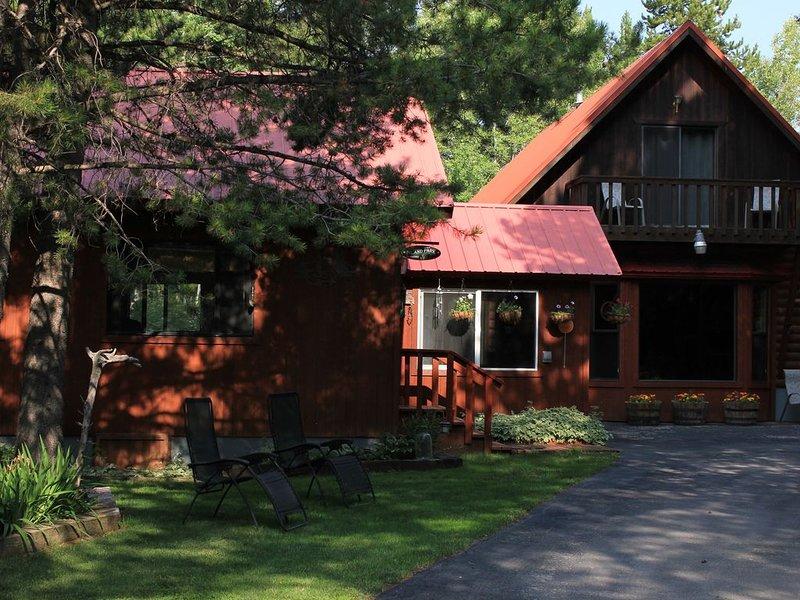 Propre, calme, cabine confortable situé à seulement 27 km du parc national de Yellowstone!