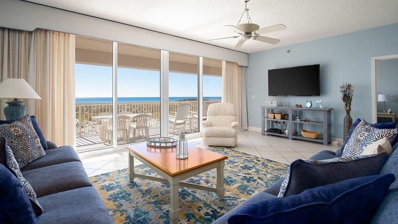 Serenity, where the beach is your backyard! Huge 3BR/3BA on the beach!, vacation rental in Navarre