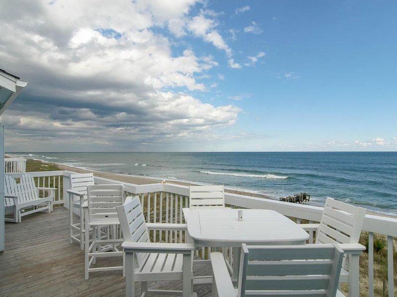 Upscale, top floor condo with beautiful views of the Atlantic, vacation rental in Kure Beach