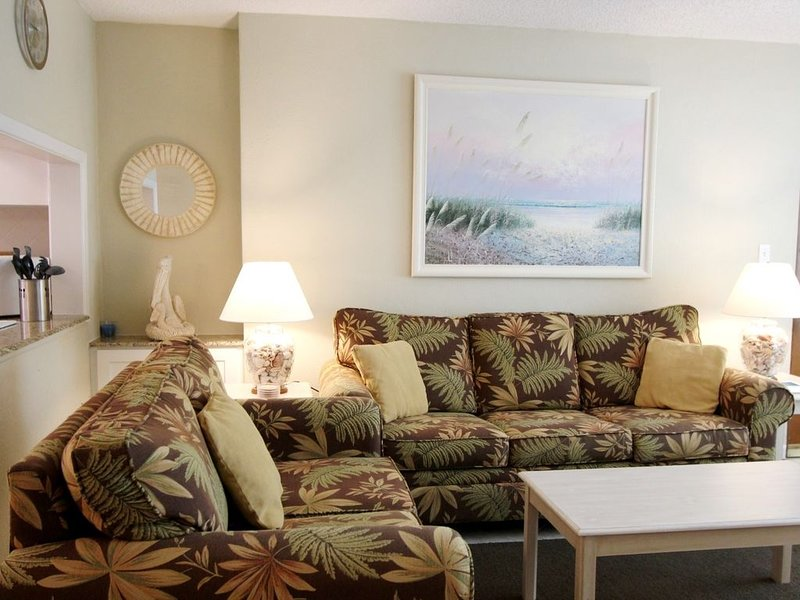 Gulf Winds 1003 2BR 1BA, holiday rental in St. Pete Beach