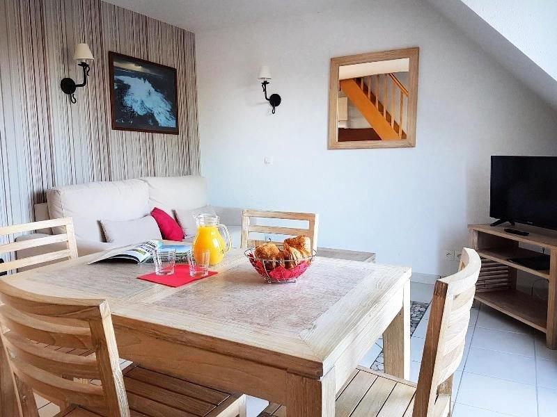 Résidence le Domaine des Glénan - 2 Pièces Duplex 5/7 Personnes - Vue Piscine, vacation rental in Beg-Meil