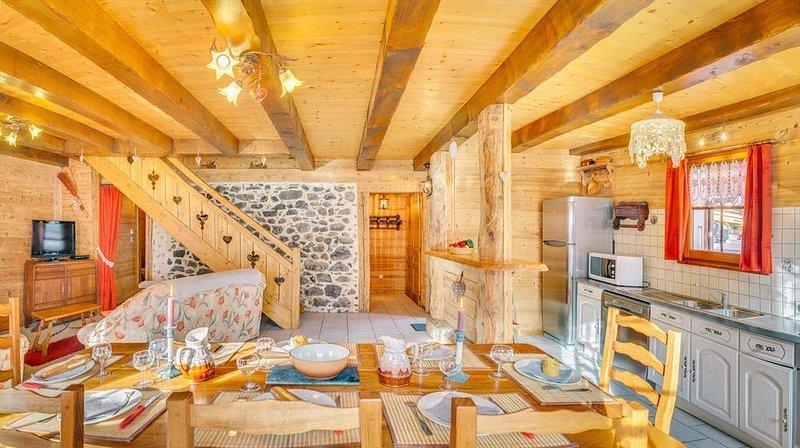 Appartement 8 personnes dans chalet mitoyen, centre du village, proche pistes, location de vacances à La Chapelle d'Abondance