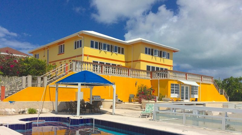 Welcome To Seabreeze Retreat, holiday rental in Long Bay Beach