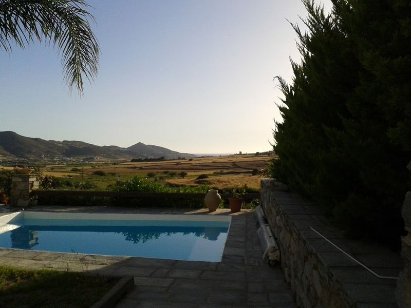 Private House with swimming pool, holiday rental in Agios Charalampos