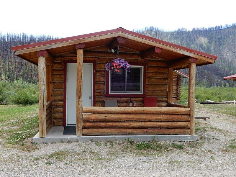 Unique, Rustic Cabins on Hoback River, location de vacances à Bondurant