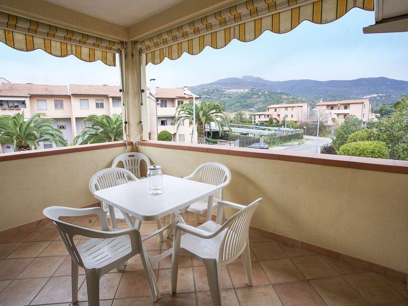 Bilocale Sofi 2/4 posti letto nel centro di Marina di Campo, casa vacanza a San Piero in Campo
