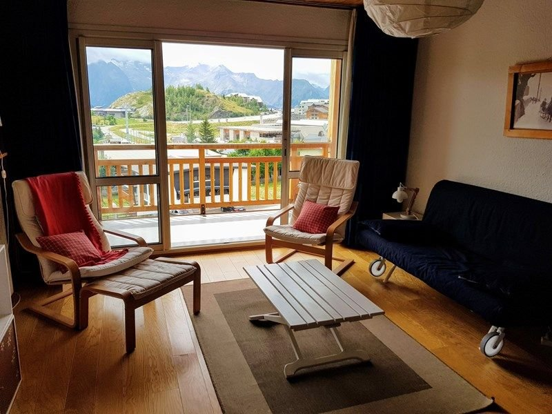 APPARTEMENT ALPE D'HUEZ AVENUE DU RIFNEL, vacation rental in La Garde