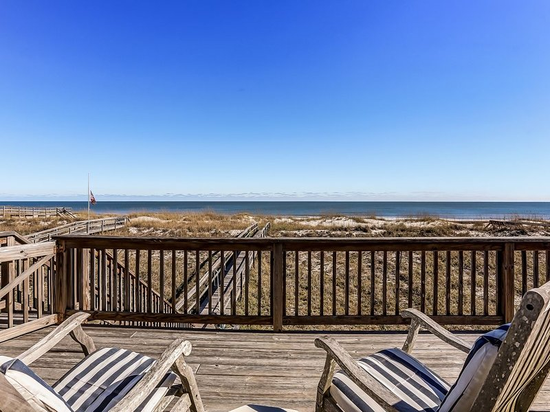 SEAGATE:  Any Closer to the Ocean and You'd Get Wet!, aluguéis de temporada em Fernandina Beach