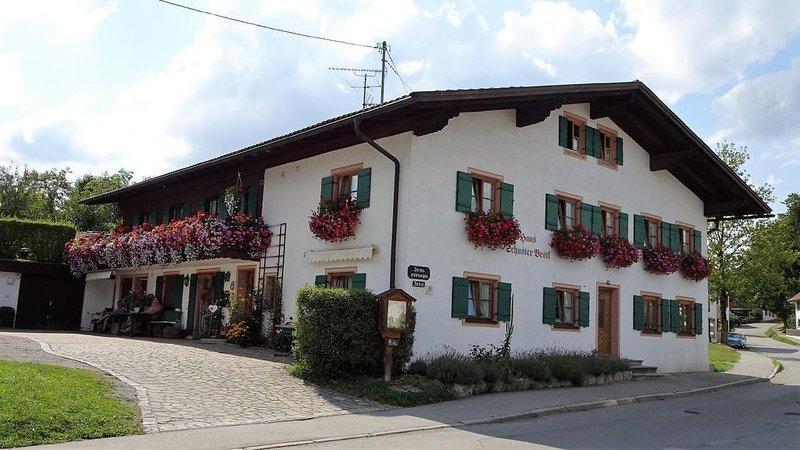 Ferienwohnung Bad Bayersoien für 1 - 2 Personen - Ferienwohnung, vacation rental in Bad Bayersoien