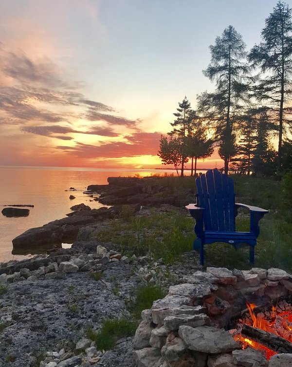 """Stunning sunset and toasty bonfire - hard to beat for that """"ahhhh"""" feeling!?"""