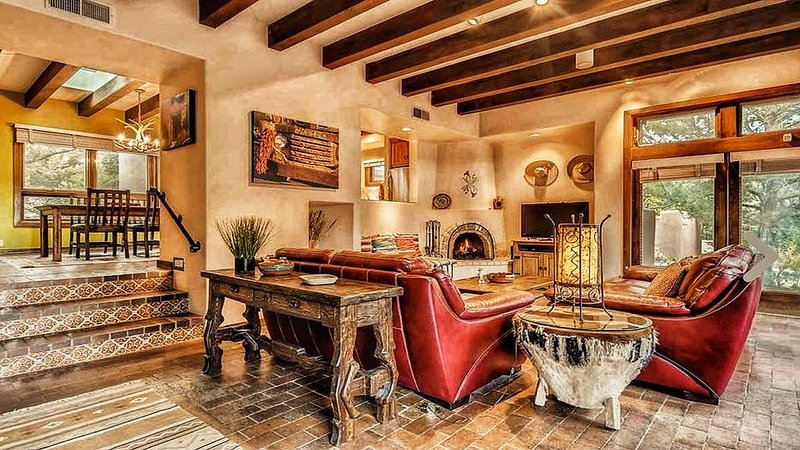 Upscale Retreat Minutes From The Famous Santa Fe Plaza, alquiler de vacaciones en Tesuque