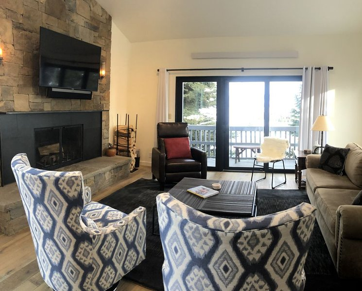 Beautiful! Remodeled Teton Village Condo with Tram Views! (private entrance), vacation rental in Jackson