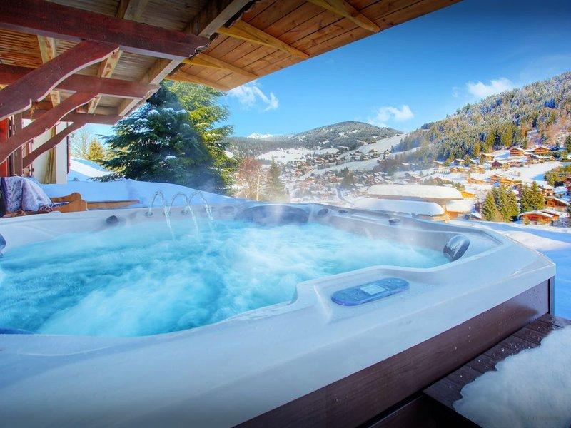 Skis aux pieds chalet 4* pour 14 - jacuzzi, sauna, terrasses - OVO Network, holiday rental in La Clusaz