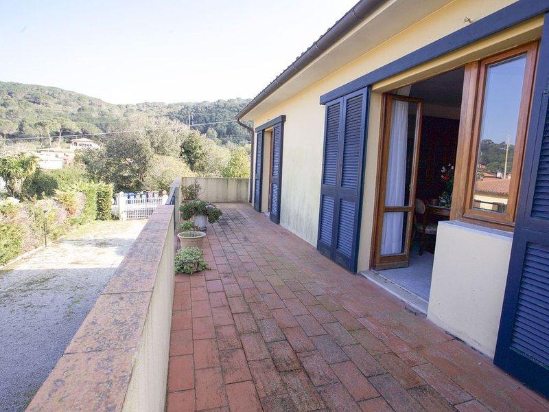 Villa 6 posti letto a Portoferraio con spazio esterno e animali ammessi, aluguéis de temporada em Portoferraio