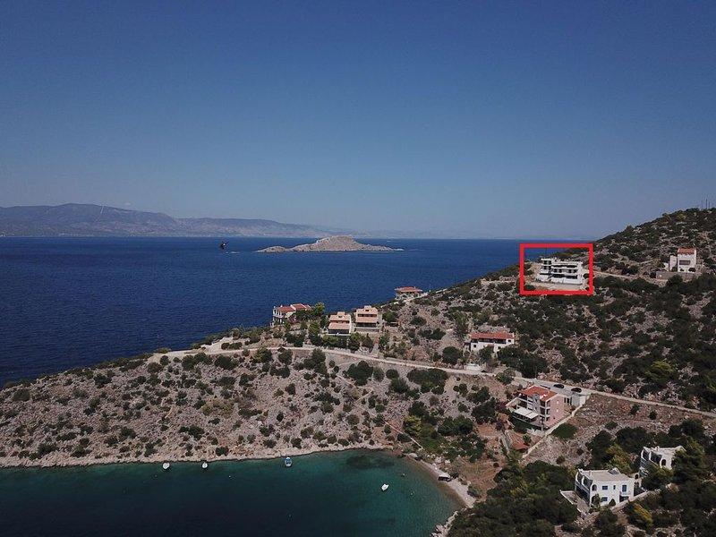 Wunderschön idyllisch gelegen: Ferienhaus mit Pool, Wifi | Korinthia, Peloponnes, holiday rental in Sofiko