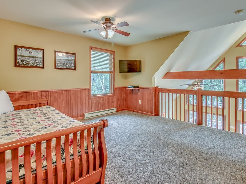 Loft with Trundle Bed on 3rd Floor