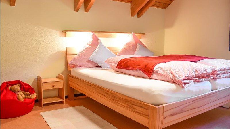 Ferienwohnung Hagebutte 65qm, 2 Schlafräume, max. 4 Personen, aluguéis de temporada em St. Georgen im Schwarzwald
