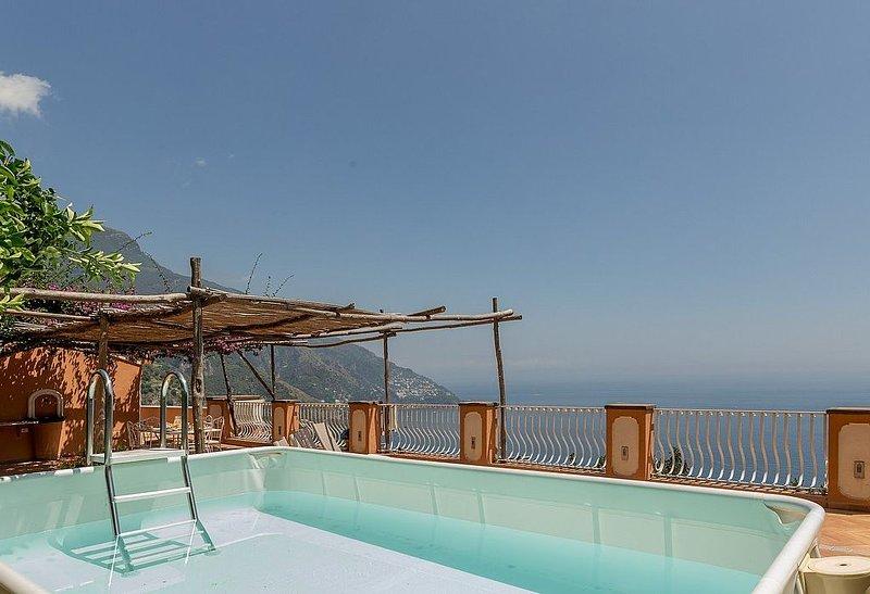Casa Zenia B, rimborso completo con voucher*: Uno splendido appartamento situato, vacation rental in Positano