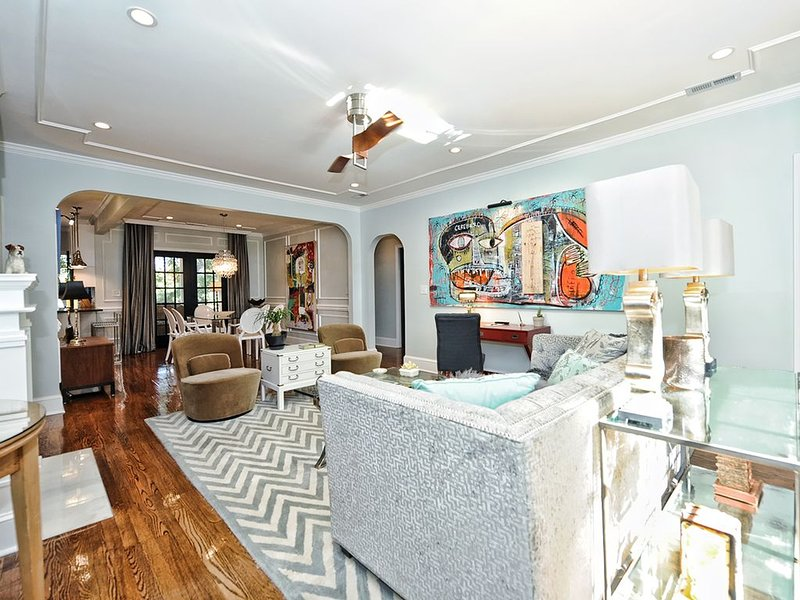 C-Level Accommodations on Best Street-Myers Park, holiday rental in Charlotte