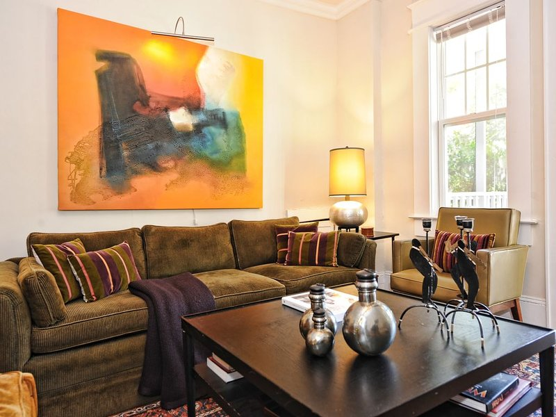 Historic Dilworth Remodeled 1920's Apt.-1.5 Miles from Uptown, location de vacances à Charlotte