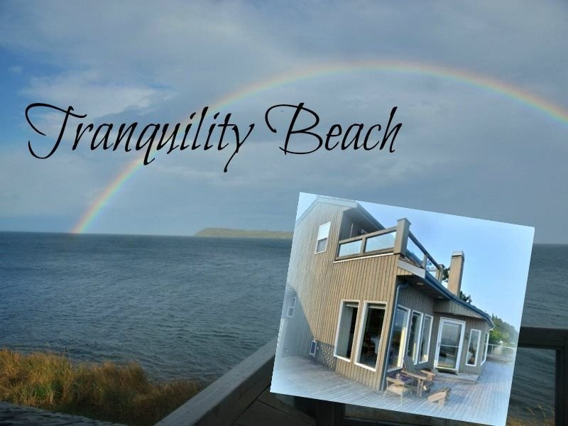 Beachfront Home in Diamond Point, just 20 minutes east of Sequim  Tranquility Be, vacation rental in Sequim