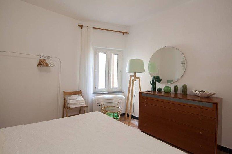 Il Meriggio- Apartment Cinque Terre Riomaggiore, vacation rental in Riomaggiore