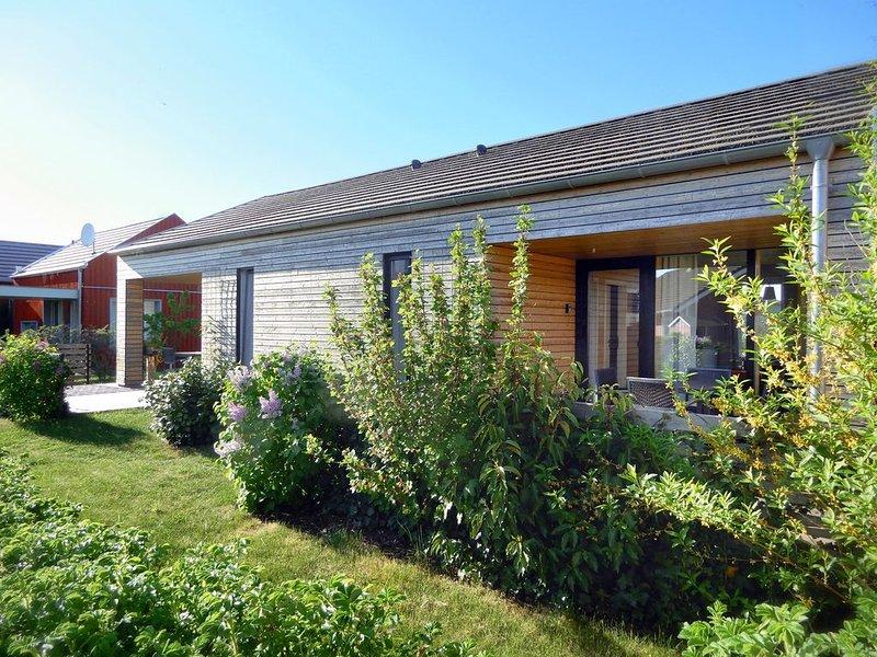 Ferienhaus an Ostsee, 500m zum Strand, alles inklusive, Wlan, 4 Personen, privat, holiday rental in Zierow