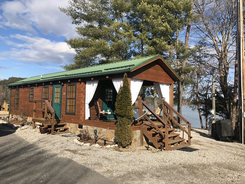 Cozy Cabin on Lake James with Private Beach and Boat Dock, Ferienwohnung in Morganton