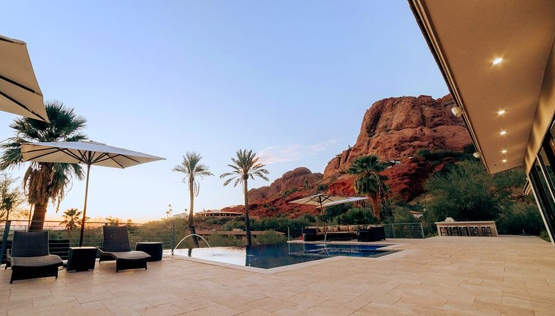 Multi-Million Dollar Luxury Estate, Heated Pool, City Views, holiday rental in Phoenix