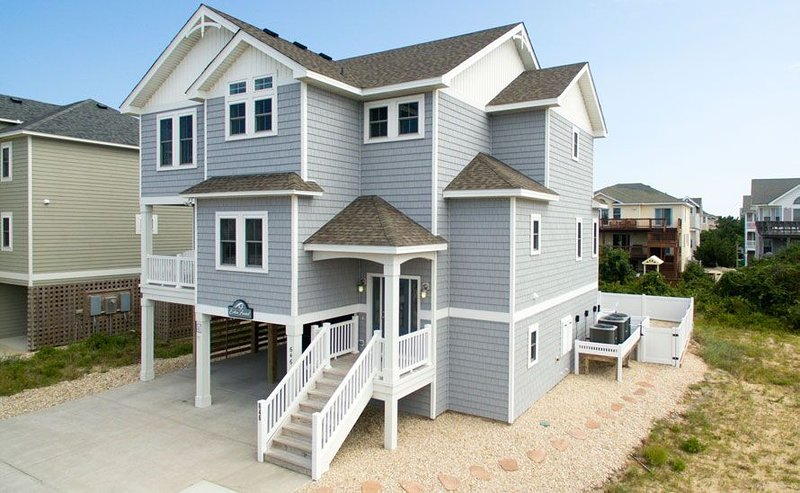 #OL7: OCEANSIDE Home in Corolla w/HeatedPool, HotTub & Elevator, location de vacances à Corolle