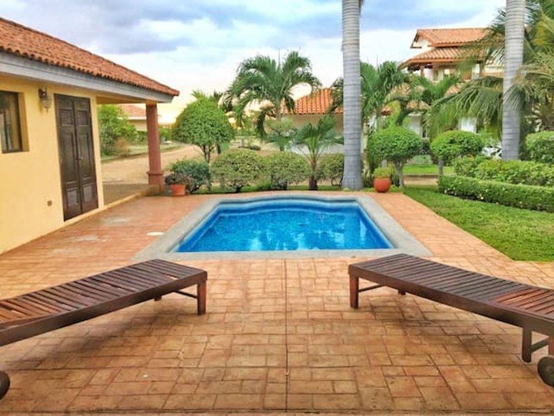 Casa Carolina Gran Pacifica Resort, holiday rental in Pochomil