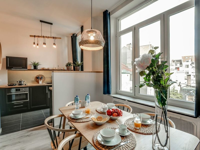 Louise III - Une Chambre Appartement, Couchages 4, holiday rental in Saint-Gilles