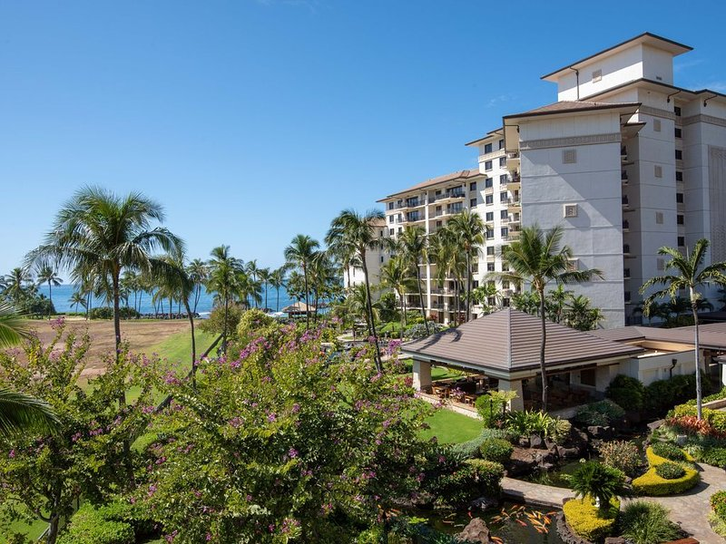 Ko Olina Beach Villas: One of a Kind Penthouse, holiday rental in Kapolei