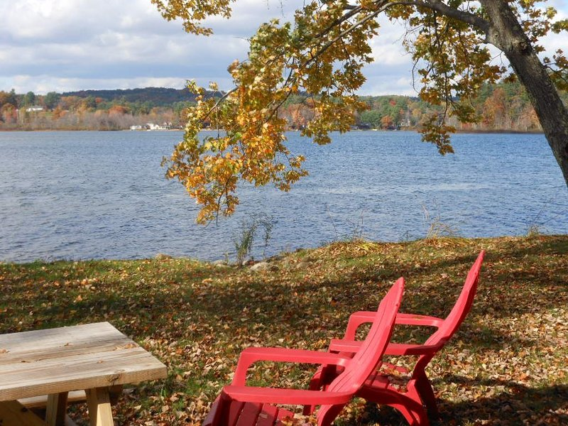 JAC59W - Silver Lake Waterfront Fun and Sun!, vacation rental in Northfield