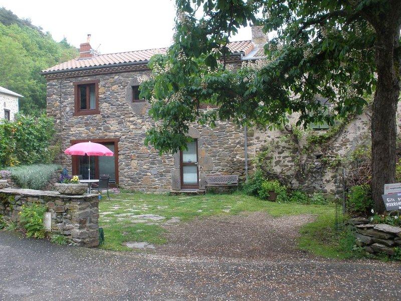 Classe 3 étoiles dans un petit village d'AUVERGNE, location de vacances à Saint-Beauzire