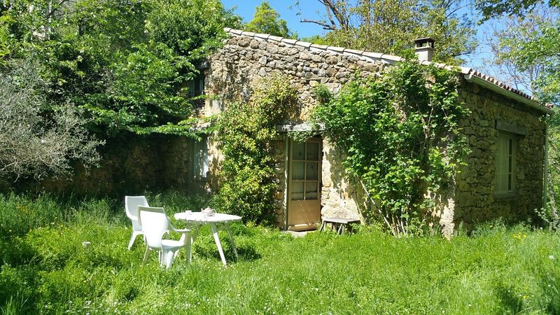 The little house under the trees, vacation rental in Serres