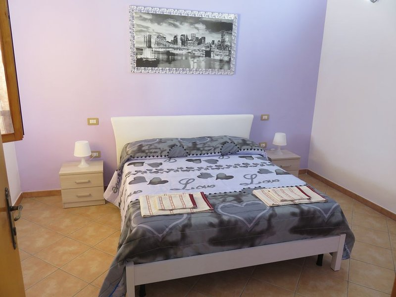 Pamela Holiday Homes - Flat 2 - con ampia piscina, Ferienwohnung in Gasponi