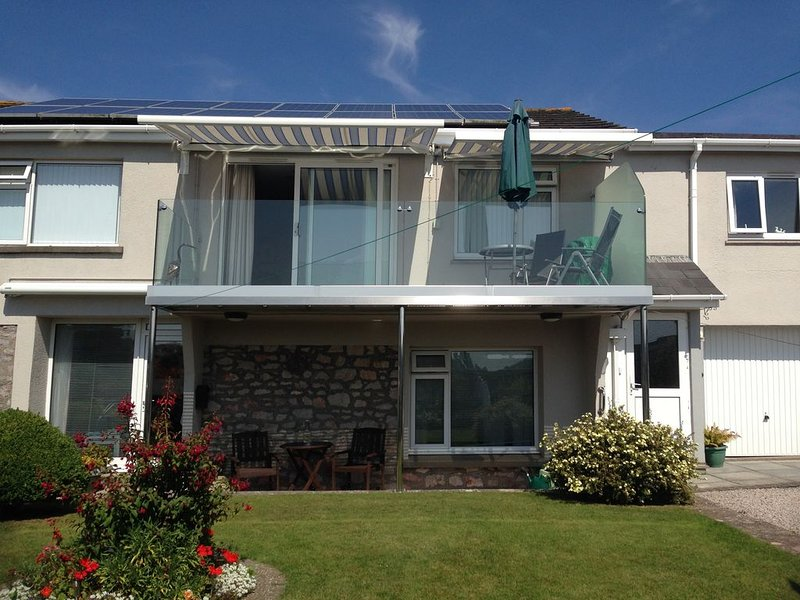 Garden View Apartment in the pretty village of Kingskerswell, holiday rental in Newton Abbot