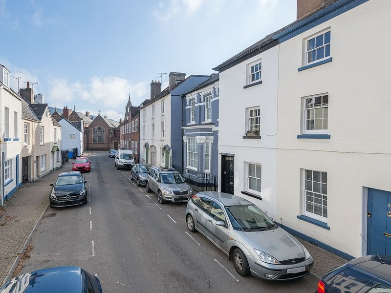Georgian Townhouse in Monmouth, beautifully renovated, short walk to town centre, location de vacances à Monmouthshire