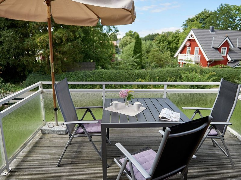 new and stylish apartment on Wittensee 100m, to the beach, near the Baltic Sea, holiday rental in Nortorf