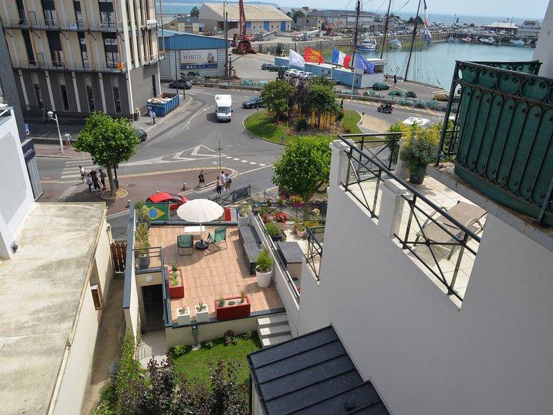 Appartement 4p, au coeur de Granville, entre ports, plage, centre et haute ville, vacation rental in Granville